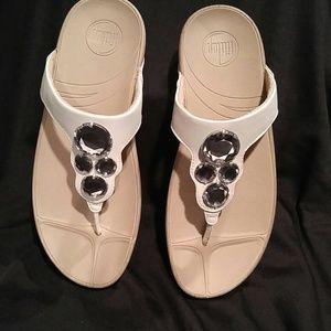 77f57bfc90b2 Fitflop Shoes - Fitflop Lunetta Urban White Sandal